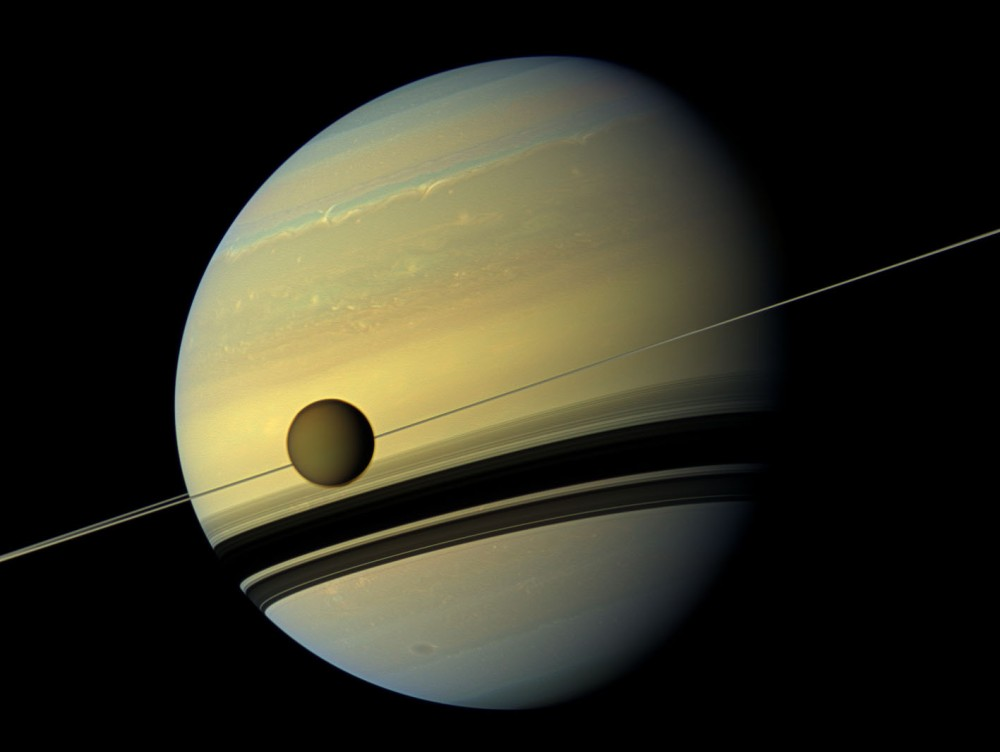 titan moon of saturn 6a00d8341bf7f753ef01b7c755f358970b